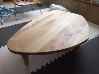 フロアテーブル